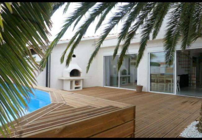 Haus mit privatem Pool